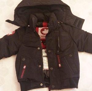 CANADA WEATHERGEAR black coat